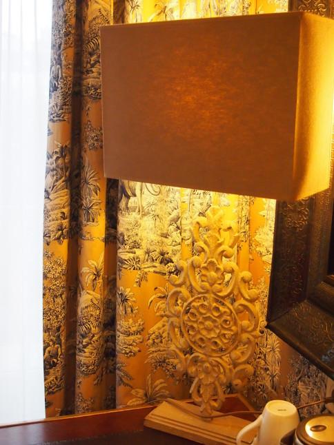 パリのホテルインテリア お部屋編 「自分なら」を考えてみましょう_f0375763_23121168.jpg