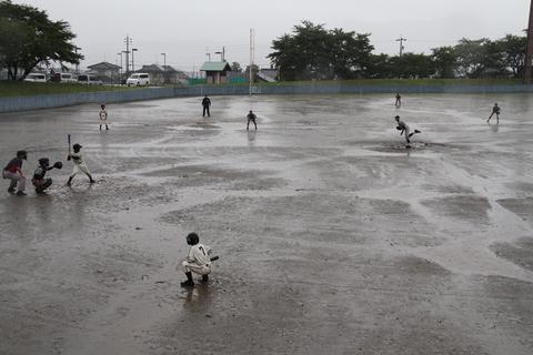 雨中の…_b0219267_22112797.jpg