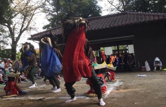 16.09.22(木) 奉納・和泉いなざき獅子舞_f0035232_190558.jpg