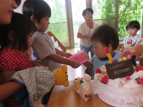 9月生まれのお友達(乳児クラス)_f0327175_12452094.jpg