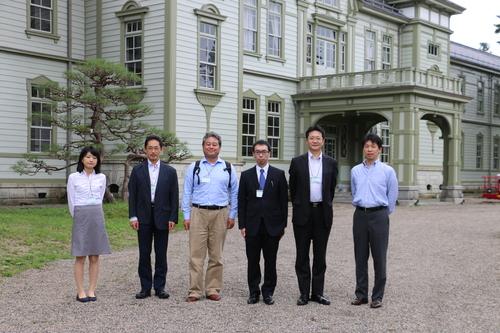 繊維学会 2016 参加の帝人株式会社の5人の技術者を重文本館にご案内_c0075701_16523896.jpg