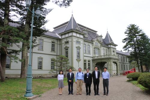 繊維学会 2016 参加の帝人株式会社の5人の技術者を重文本館にご案内_c0075701_16524245.jpg