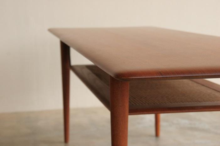 『Peter Hvidt&Orla Molgaard Nielsen Coffee Table』_c0211307_12253619.jpg