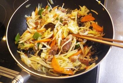 野菜炒めの調理手順_b0312424_13255033.jpg