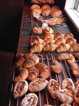 お気に入りのパン屋さん_c0190542_02191939.jpg