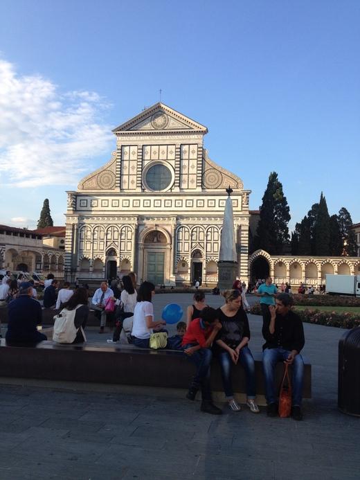 フィレンツェでフランス青空市場に行こう!_a0136671_1355414.jpg