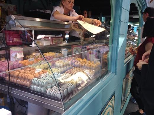 フィレンツェでフランス青空市場に行こう!_a0136671_1432180.jpg