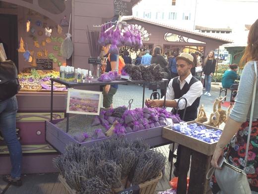 フィレンツェでフランス青空市場に行こう!_a0136671_1503556.jpg