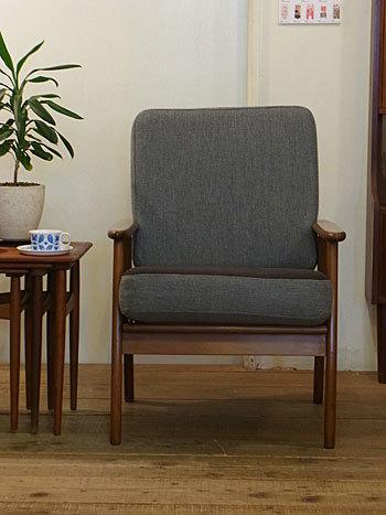 easy chair_c0139773_16265329.jpg