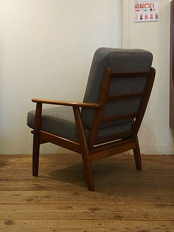 easy chair_c0139773_16280790.jpg