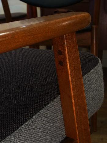 easy chair_c0139773_16541330.jpg