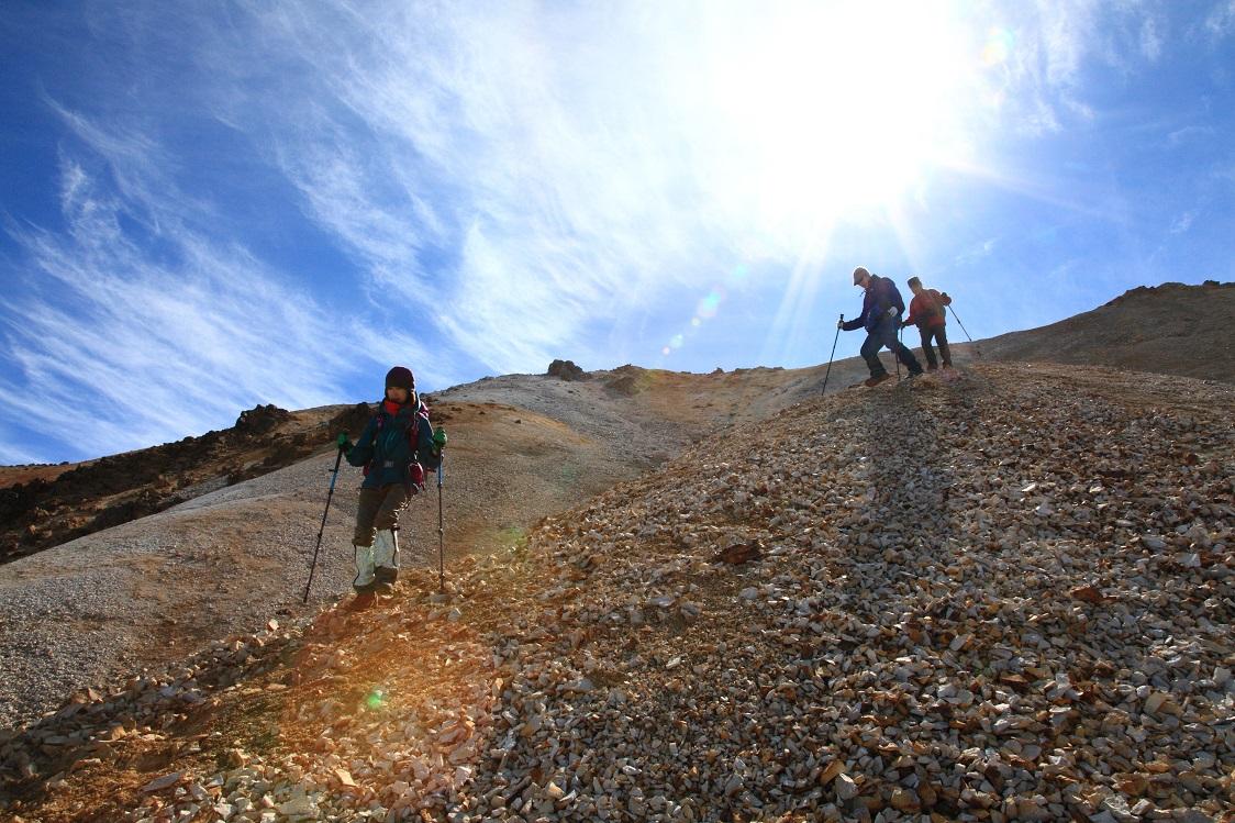 愛別岳の紅葉、9月22日-同行者からの写真-_f0138096_10371280.jpg