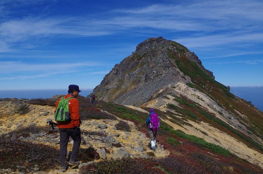 愛別岳の紅葉、9月22日-同行者からの写真-_f0138096_1038389.jpg