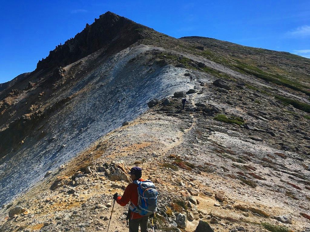 愛別岳の紅葉、9月22日-同行者からの写真-_f0138096_10392756.jpg
