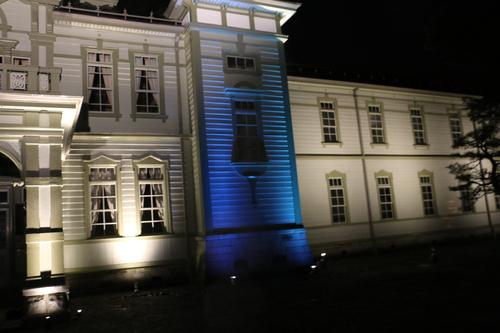 重文本館のライトアップを「オレンジ」、「ブルー」、「パープル」で実験・1_c0075701_21584915.jpg