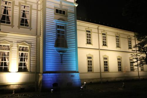 重文本館のライトアップを「オレンジ」、「ブルー」、「パープル」で実験・1_c0075701_2158511.jpg