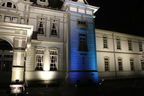 重文本館のライトアップを「オレンジ」、「ブルー」、「パープル」で実験・1_c0075701_21585598.jpg