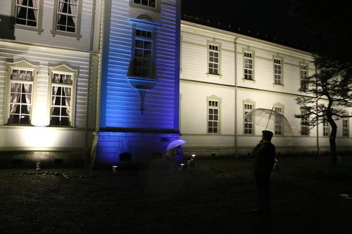 重文本館のライトアップを「オレンジ」、「ブルー」、「パープル」で実験・1_c0075701_21585745.jpg