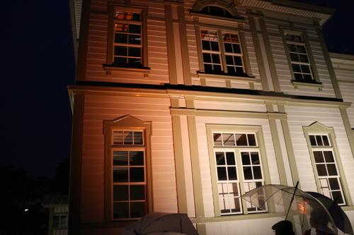 重文本館のライトアップを「オレンジ」、「ブルー」、「パープル」で実験・1_c0075701_21591879.jpg