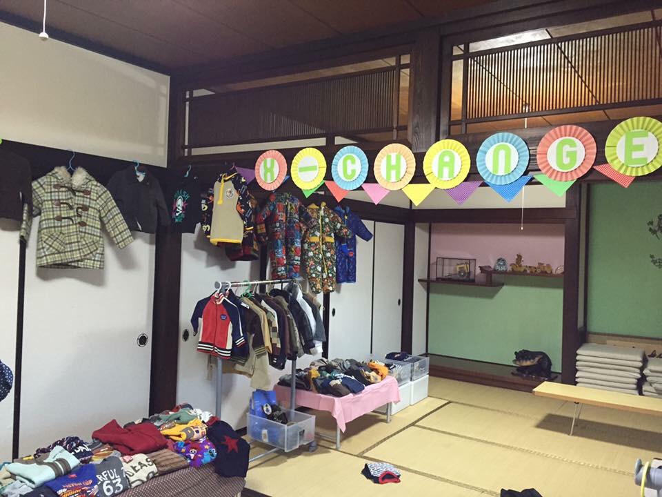 明日は子供服無料交換会_f0309404_18422943.jpg