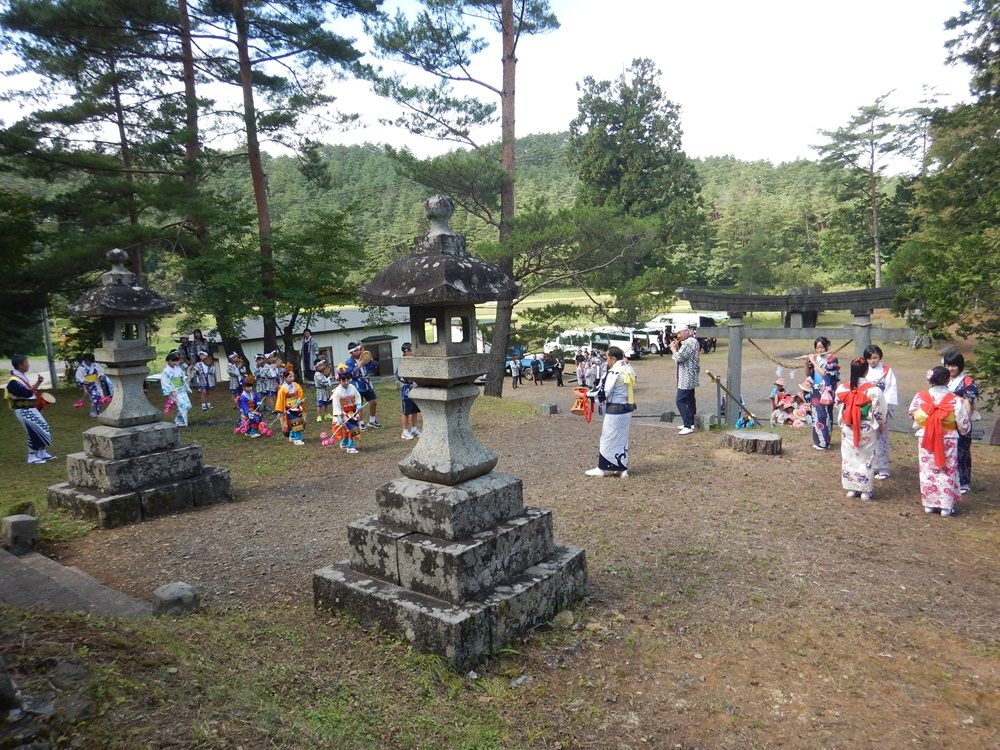砥森神社例祭に_c0111229_18521163.jpg