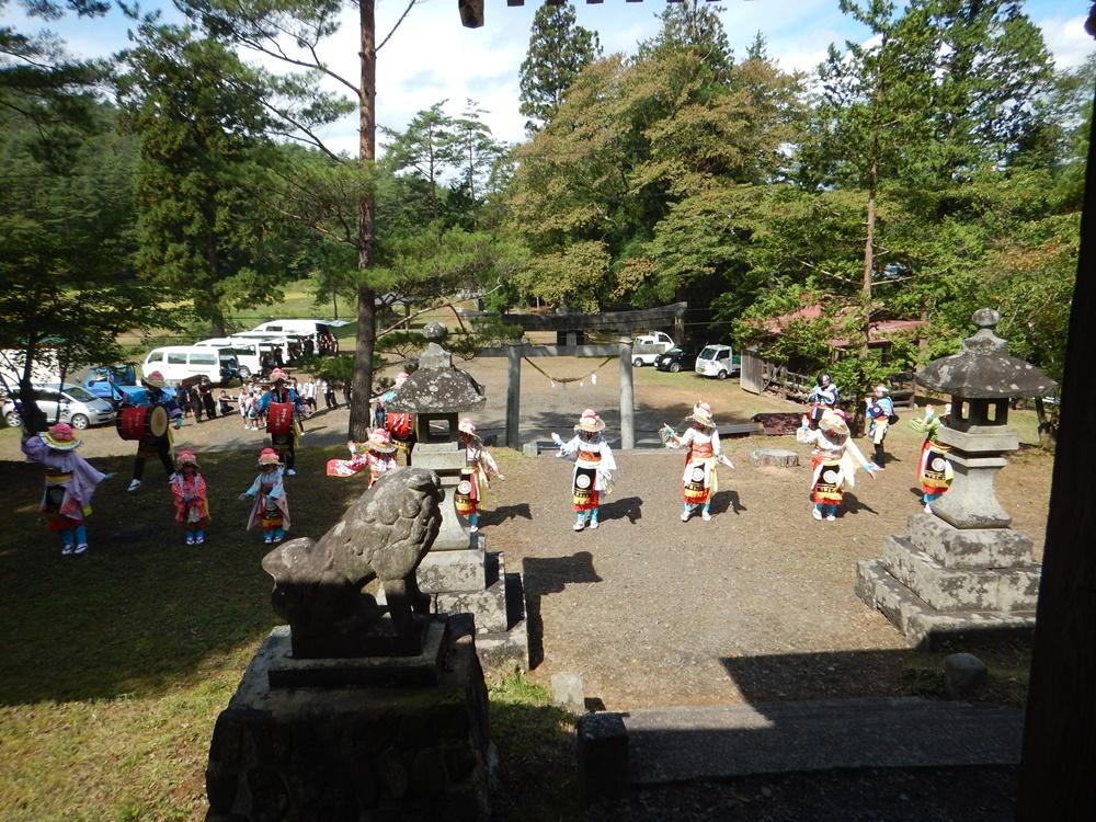 砥森神社例祭に_c0111229_1852189.jpg