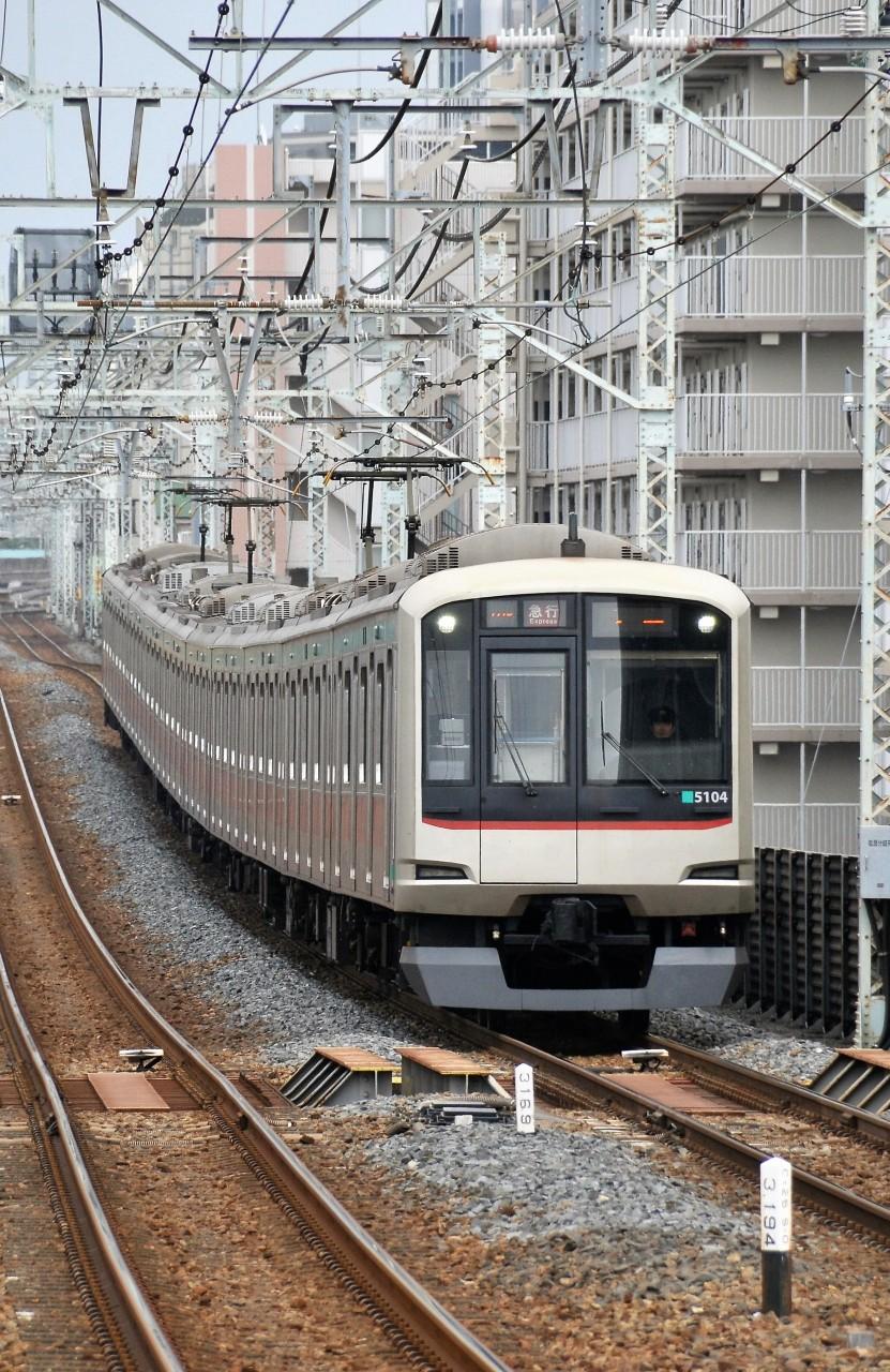 東急電鉄5104F_b0243248_19401629.jpg