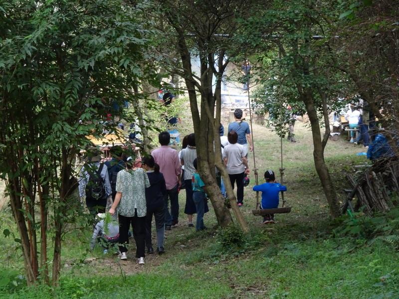 ZooCan イベント『里山で栗拾い・親子で栗ごはん作り体験』  in 孝子の森_c0108460_23092383.jpg