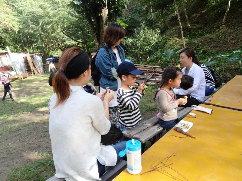 ZooCan イベント『里山で栗拾い・親子で栗ごはん作り体験』  in 孝子の森_c0108460_23150132.jpg