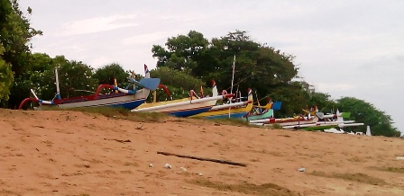 ドゥユンビーチの今朝の360度_d0083068_1182957.jpg