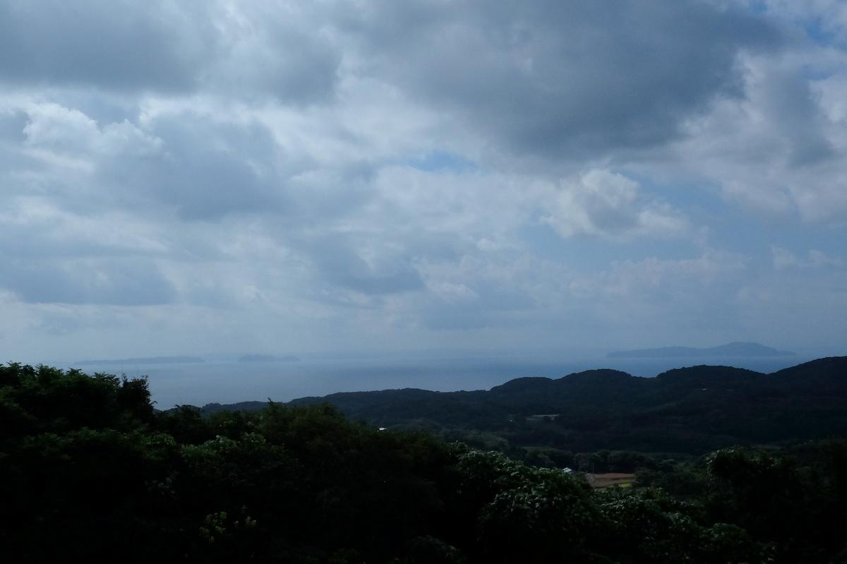 国境の島を訪ねて(27)岳ノ辻_c0013687_22135281.jpg