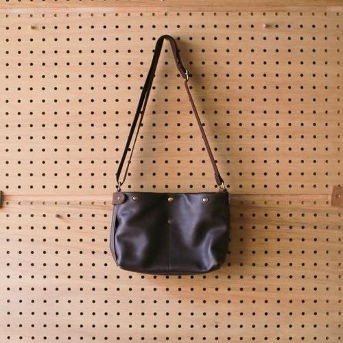 まずは鞄から_e0295731_16542530.jpg