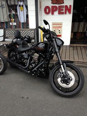 昨日のバイク!!_f0194657_1440177.jpg