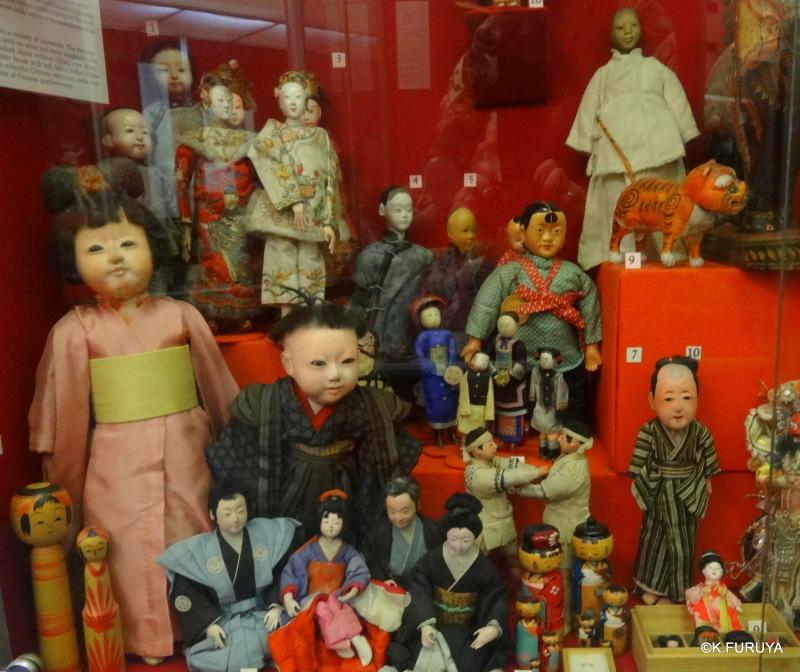エディンバラ街歩き Ⅲ 子供史博物館_a0092659_21544595.jpg