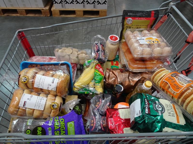 コストコへ食料買い出しに・・・_c0108460_21355687.jpg