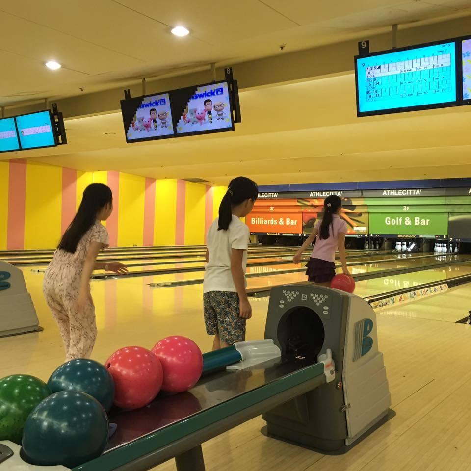 @Athlecitta Bowling Kamata_b0195783_09092778.jpg
