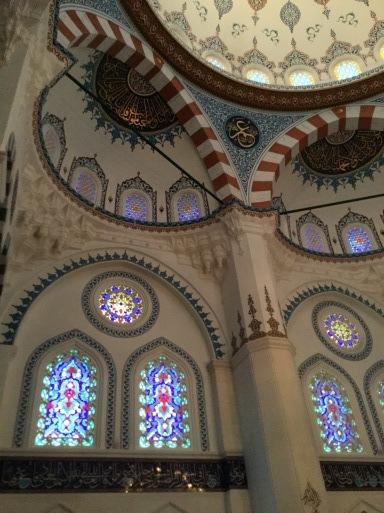 今日は・・・トルコのイスラム寺院へ_b0210699_01465756.jpg