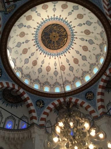 今日は・・・トルコのイスラム寺院へ_b0210699_01493797.jpg