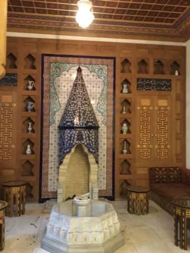 今日は・・・トルコのイスラム寺院へ_b0210699_01550500.jpg