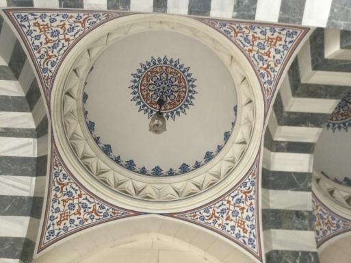今日は・・・トルコのイスラム寺院へ_b0210699_02150564.jpg