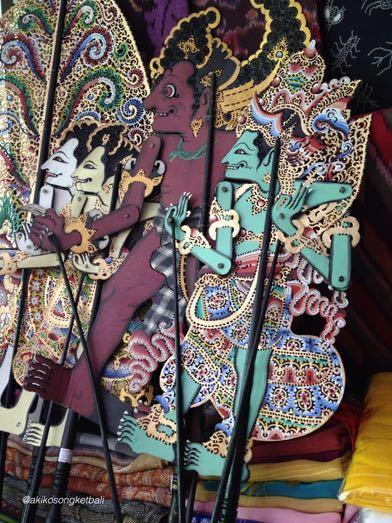 影絵芝居人形がニョマンさんのコレクションに加わりました。_a0120328_18242394.jpg