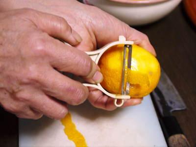 香り高き柚子(ゆず) 最旬!『青柚子』大好評発売中!色づいたゆずは今年も11月上旬からの販売です!_a0254656_20103692.jpg