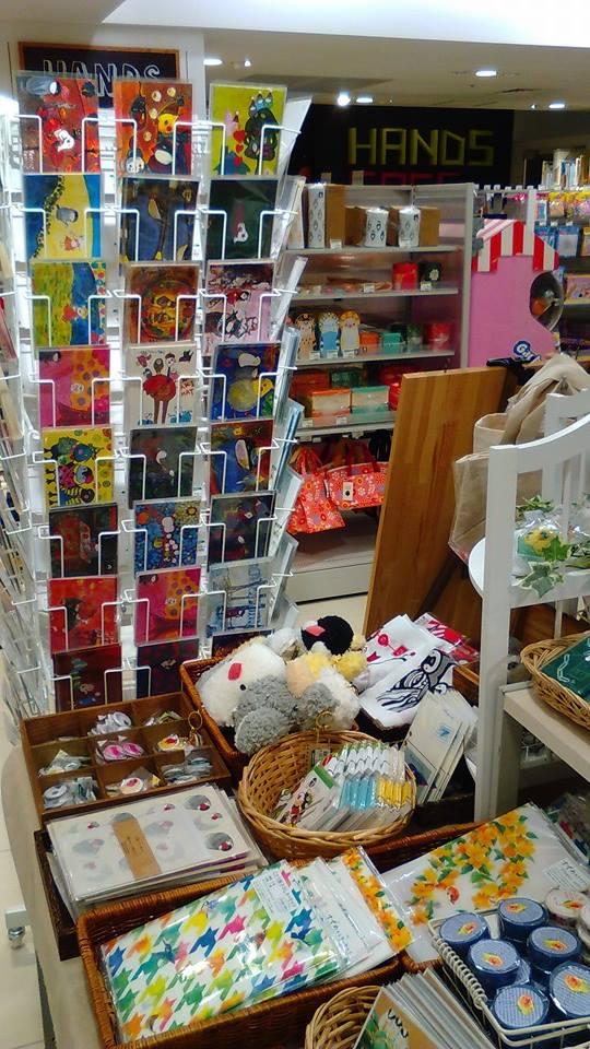 東急ハンズ梅田店 常設ブースのインコと鳥の雑貨展の様子_d0322493_0103446.jpg