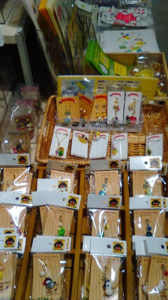 東急ハンズ梅田店 常設ブースのインコと鳥の雑貨展の様子_d0322493_0114721.jpg