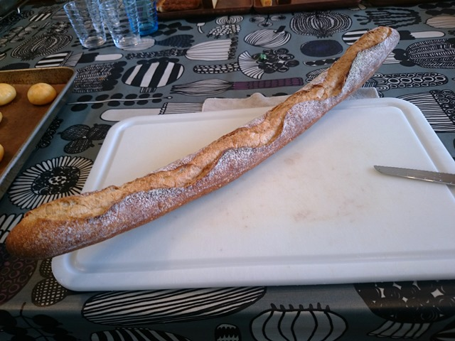 神様のフランスパン_e0167593_03346.jpg