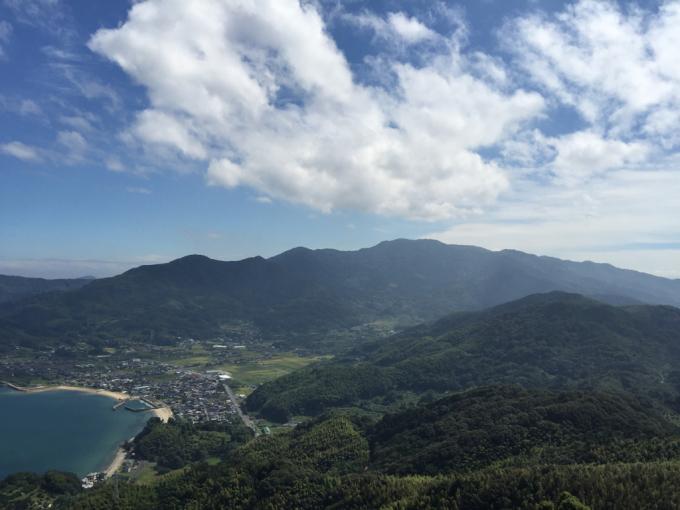 文珠山引き返し、飯の山展望台へ。_f0183846_14180751.jpg