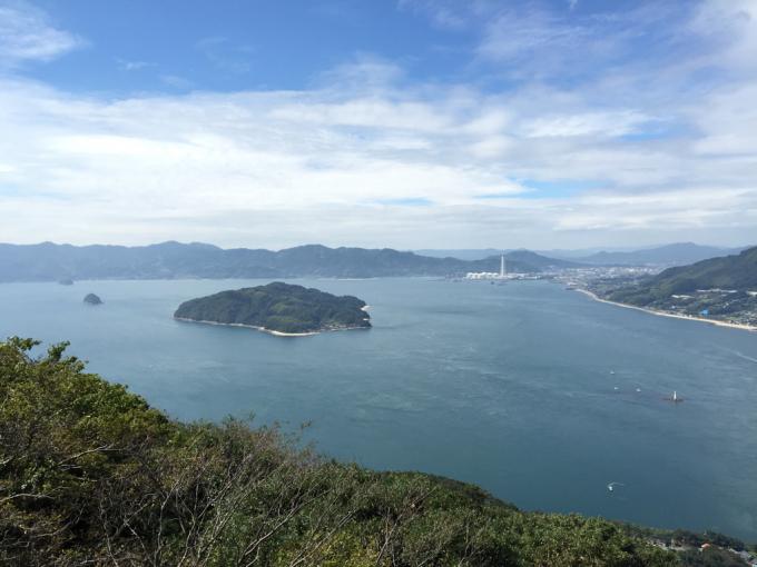 文珠山引き返し、飯の山展望台へ。_f0183846_14180813.jpg