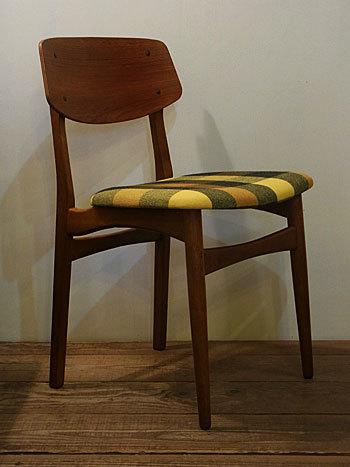 chair_c0139773_15090907.jpg