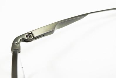 OAKLEY(オークリー)新作チタン製オプサルミックフレームLIMIT SWITCH(リミットスウィッチ)入荷!_c0003493_12503414.jpg