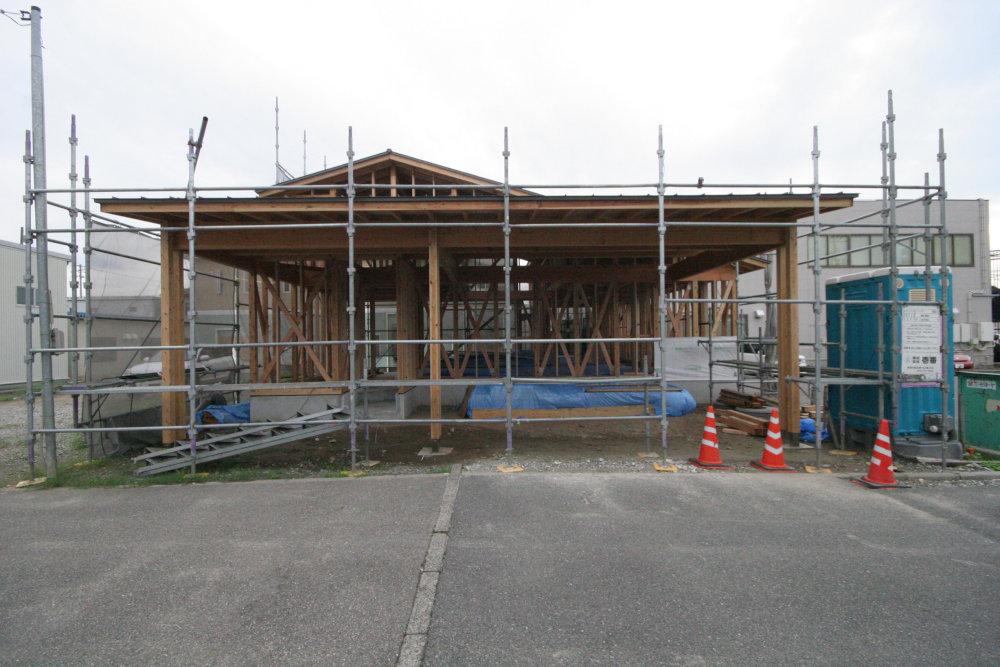 建て方→屋根工事→耐力壁取付_b0349892_12254270.jpg
